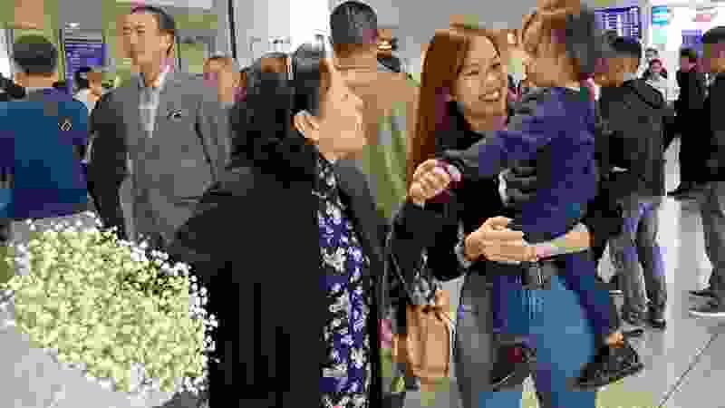 Gia đình PAPAKEN đã đến đâu đây ???? #Hanoi 😜